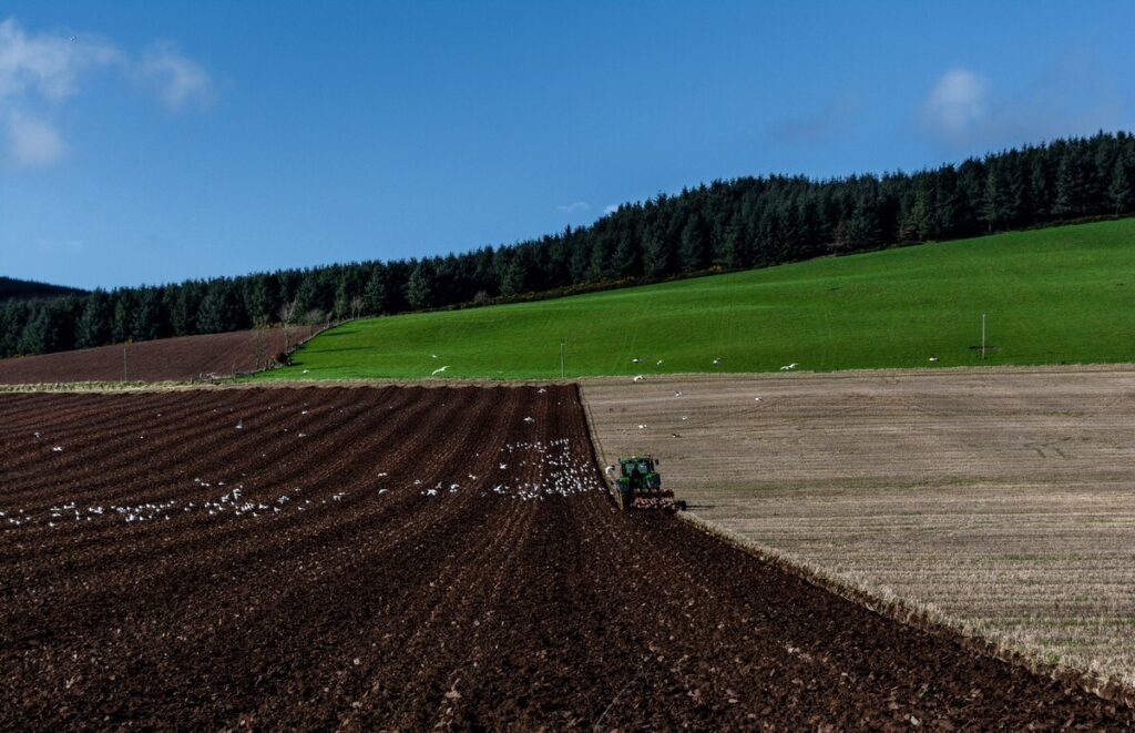 Más de 242 millones de euros en ayudas para los agricultores aragoneses correspondientes a la PAC 2020